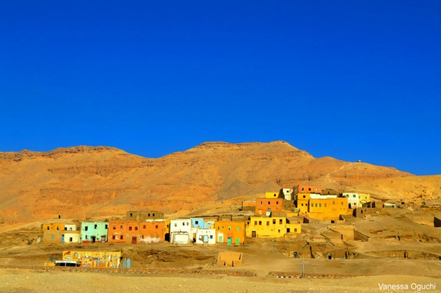 The colors of Qurna Village
